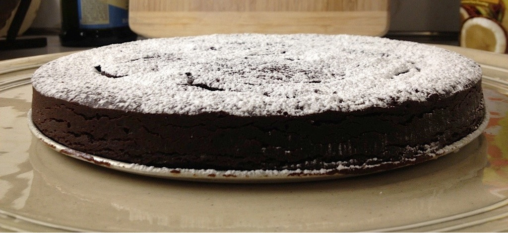 Silky chocolate cake - LOVE-the secret ingredient